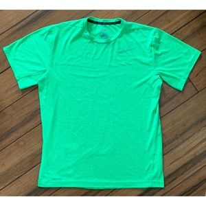 Nike Men's Dri-Fit Green T Shirt Medium